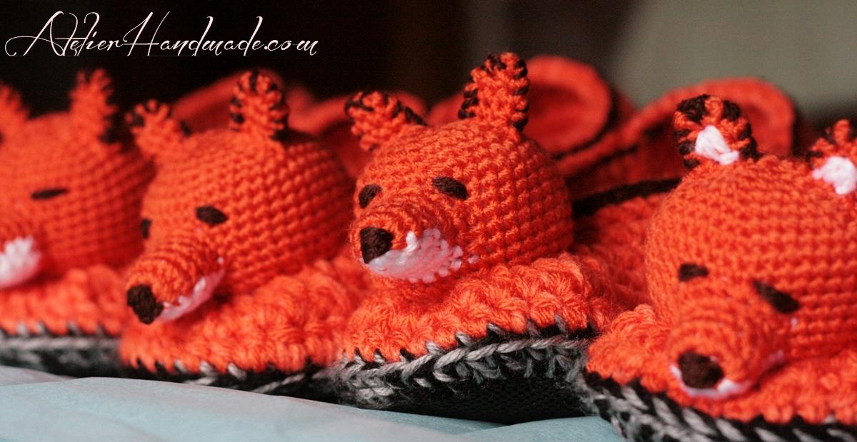 papuci crosetati vulpi