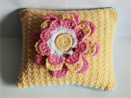 perna spring pillow