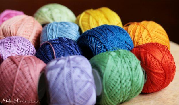 Knitting in public? | Croșetați/Tricotați în public?