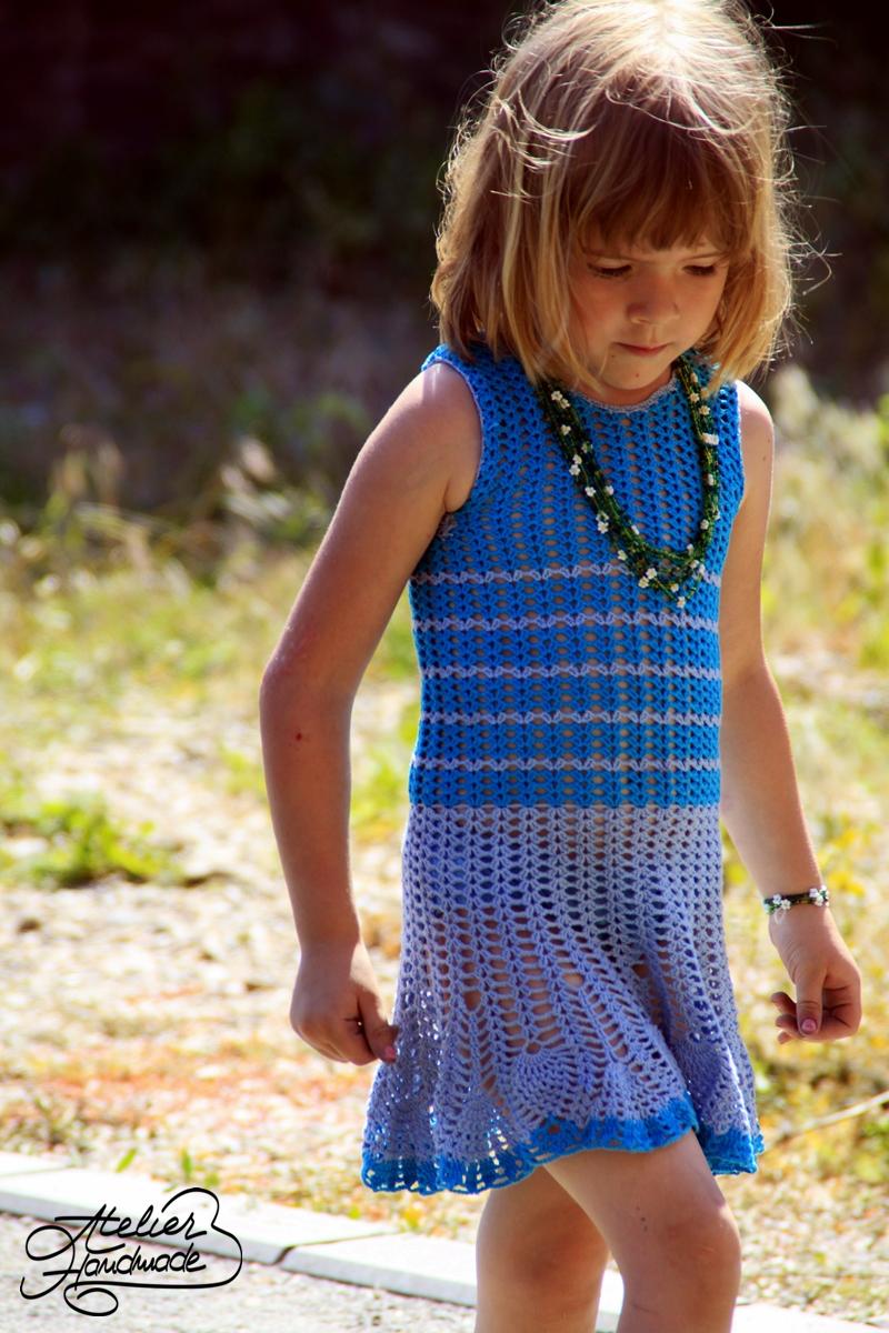 rochita crosetata albastra