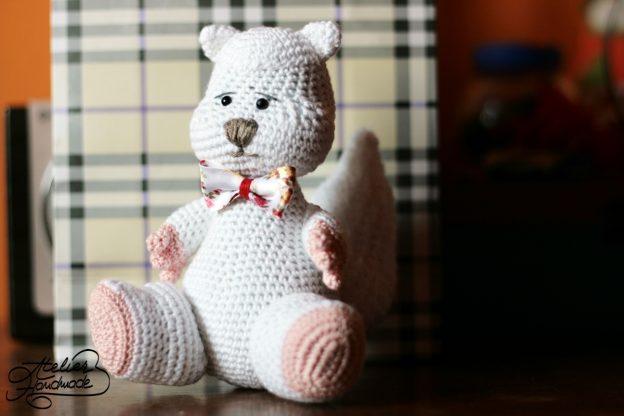 Jucarii crosetate: Mr. Squirrel – crochet squirrel