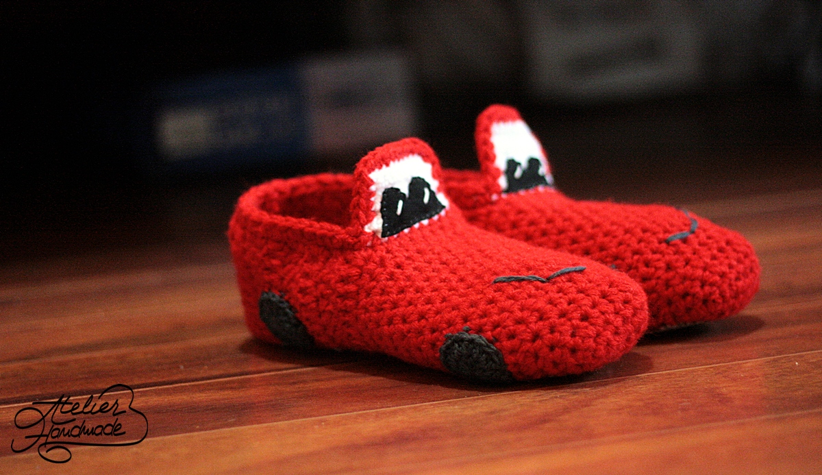 crochet red cars slippers