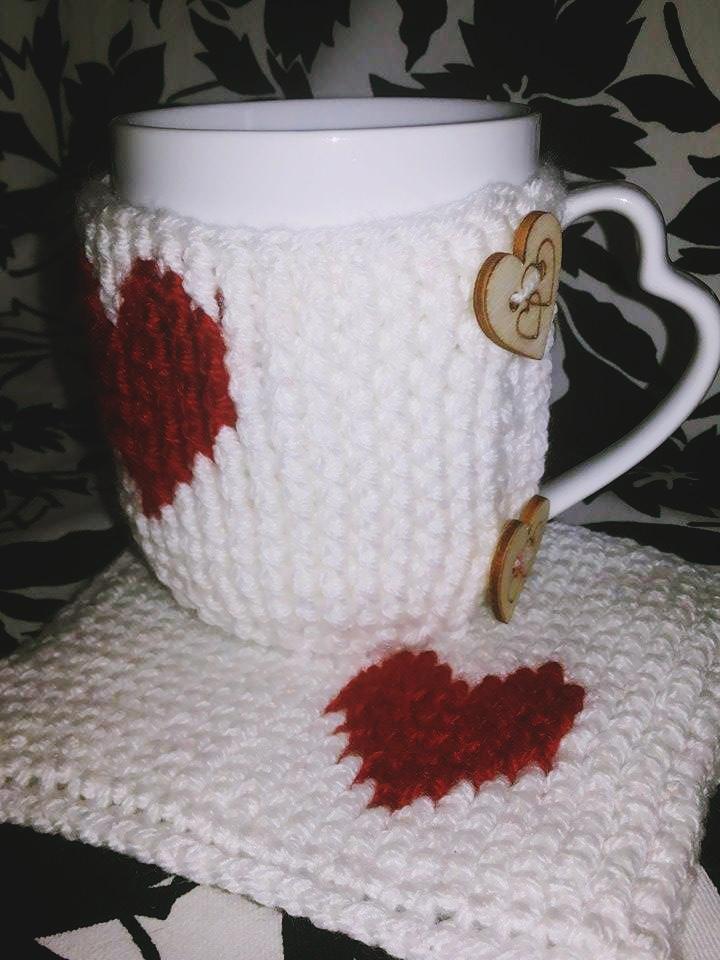 valentines-day-heart-mug-crochet