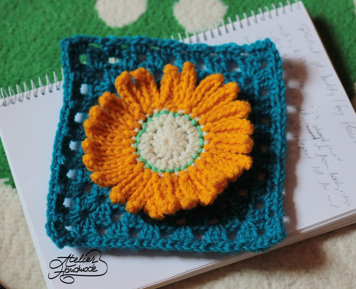 crochet-flower-granny-square